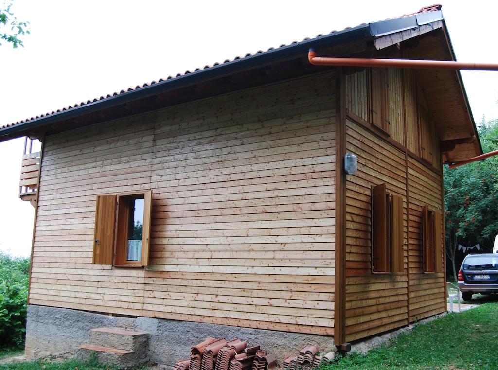 Parete Ventilate In Legno: Di una parete con finitura esterna in legno ventilata.