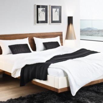 Riletto in legno di noce