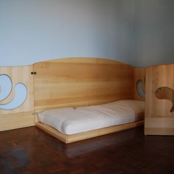 letto basso con protezione in tiglio